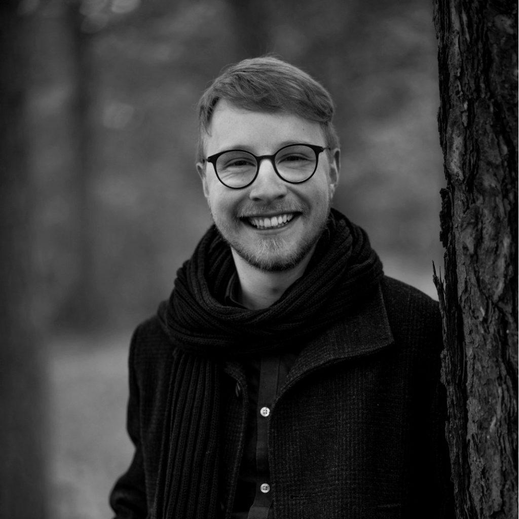 Nachhilfelehrer Benedikt Grimm